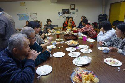 礼拝後のお茶の会